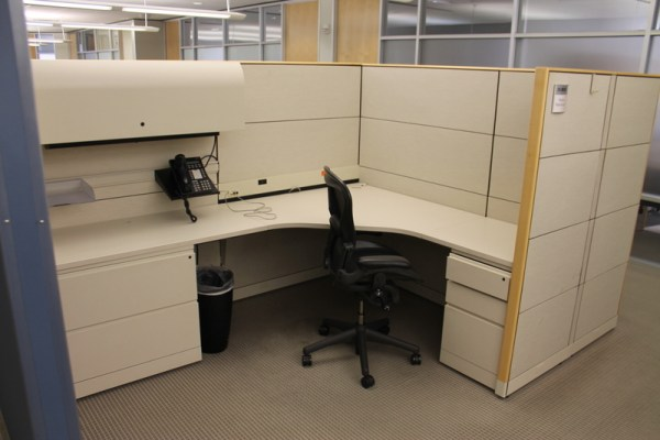 Used Knoll 6x8 Reff Cubicles in Denver6