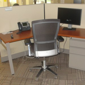 Used Knoll 120 degree workstations2