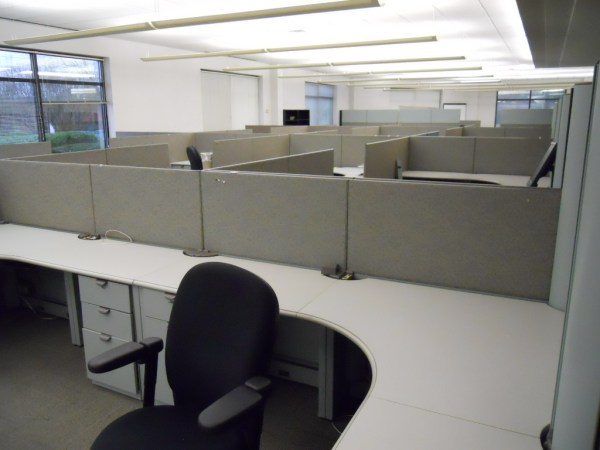 Used Steelcase Context 6.5 x 6.5 workstations4