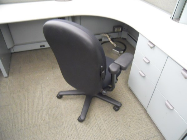 Used Steelcase Context 6.5 x 6.5 workstations7