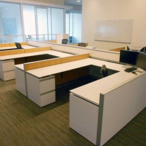 High End Knoll AutoStrada 7 X 7.5 Cubicles