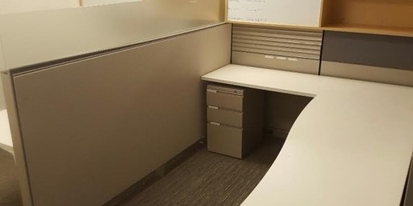 Used Herman Miller Canvas - Modern Style