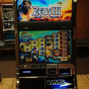 Williams Bluebird 2 Zeus III Used Slot Machine by Rocky Mountain Slots