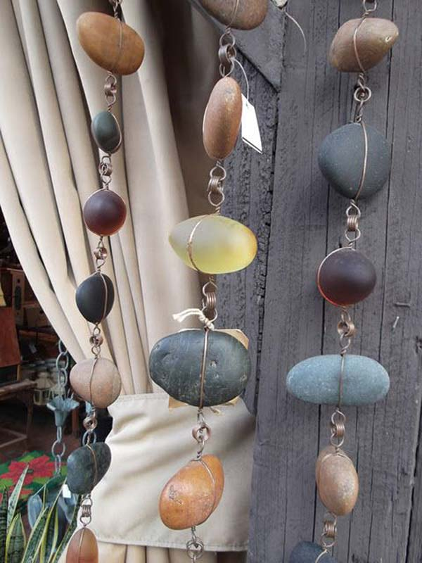 21 lovely diy decor ideas emphasized by creative pebbles art 21 lovely diy decor ideas emphasized by creative pebbles art usefuldiyprojects crafts 4 solutioingenieria Image collections