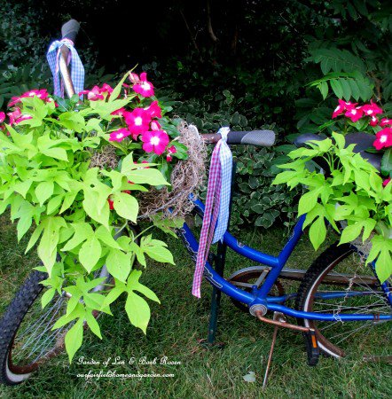 21 Mesmerizing DIY Projects That Will Beautify Your Garden This Summer usefuldiyprojects.com backyard (13)