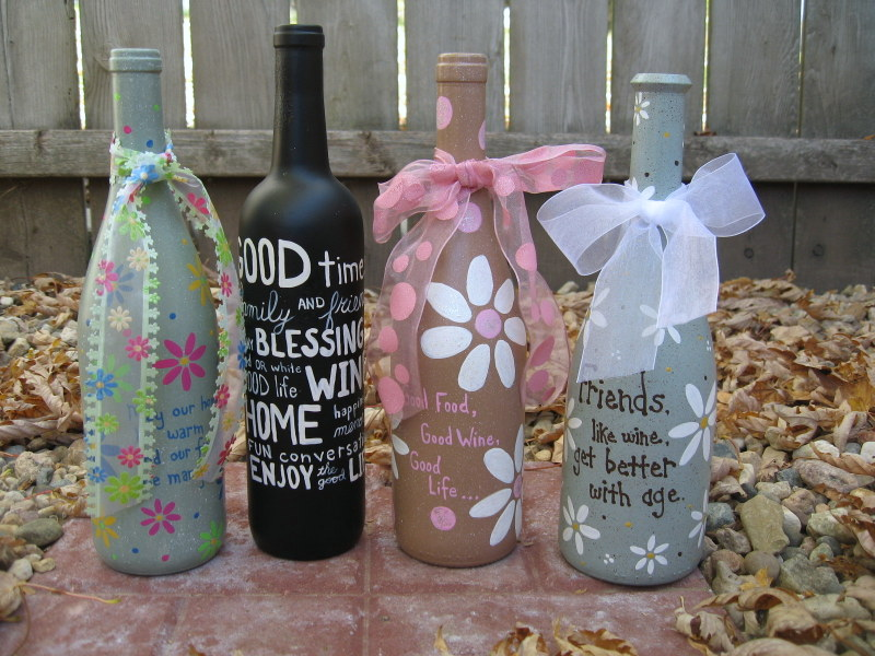 23 fascinating ways to reuse glass bottles into diy for Glass bottle project ideas