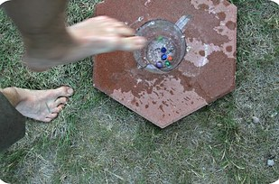 27 Extremely Fun Outdoor Games to Spice Up Your Summer usefuldiyprojects (21)