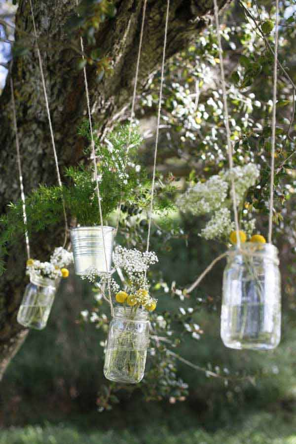 27 Magnificent and Splendid Hanging Mason Jars DIY Projects Beautifying The World usefuldiyprojects.com decor ideas (13)