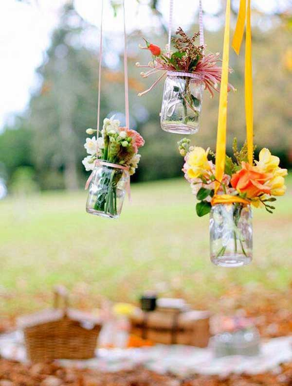 27 Magnificent and Splendid Hanging Mason Jars DIY Projects Beautifying The World usefuldiyprojects.com decor ideas (14)