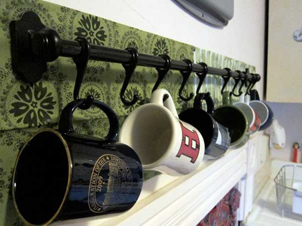 30 Extraordinary Creative and Graphic DIY Mug Storage To Beautify Your Kitchen  usefuldiyprojects.com decor (26)