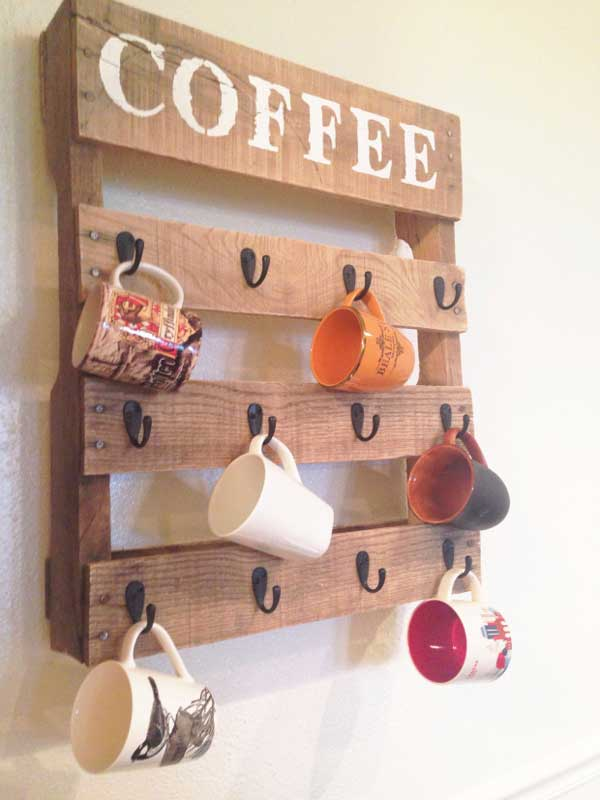 Amazing Shabby Chic DIY Pallet Coffee Cup Holder