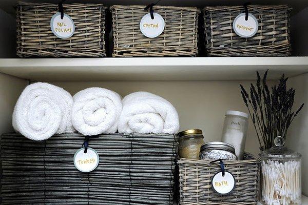Creative Yet Practical DIY Bathroom Storage Ideas-usefuldiyprojects.com (10)