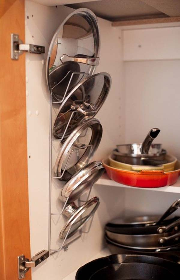 12 Insanely Smart Ways to Organize Your Pot Lids (14)