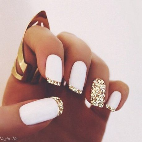 37 acrylic nail art designs youll want to try for upcoming 7 matte white with gold french tips solutioingenieria Images