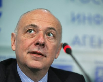 "27 Dec 2007; Russia, Moscow. Russia's ex-minister of foreign affairs Andrey Kozyrev during press-conference on his appointment as Chairman of AKB ""Investtorgbank"". (Photo by Andrei' Maxonin/Kommersant)"