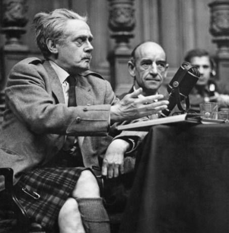 Hugh MacDiarmid...Scottish modernist poet Hugh MacDiarmid (1892 - 1978, left), 21st August 1962. (Photo by Erich Auerbach/Hulton Archive/Getty Images)