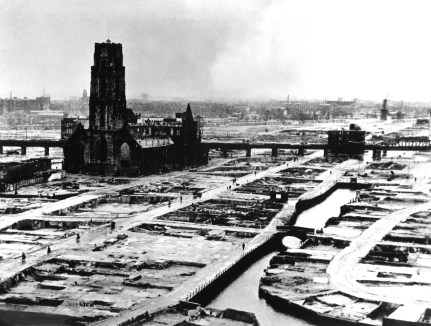 The German ultimatum ordering the Dutch commander of Rotterdam to cease fire was delivered to him at 10:30 a.m. on May 14, 1940. At 1:22 p.m., German bombers set the whole inner city of Rotterdam ablaze, killing 30,000 of its inhabitants. (OWI) NARA FILE #: 208-PR-10L-3 WAR & CONFLICT BOOK #: 1334