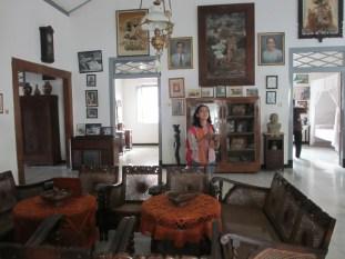 Ruangan di Istana Gebang