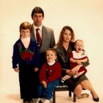5 Cringe-Worthy Family Pictures
