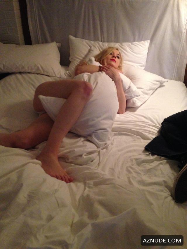 Story Emily Kinney Nude And Sexy For Tina Turnbow Photoshoot 2015