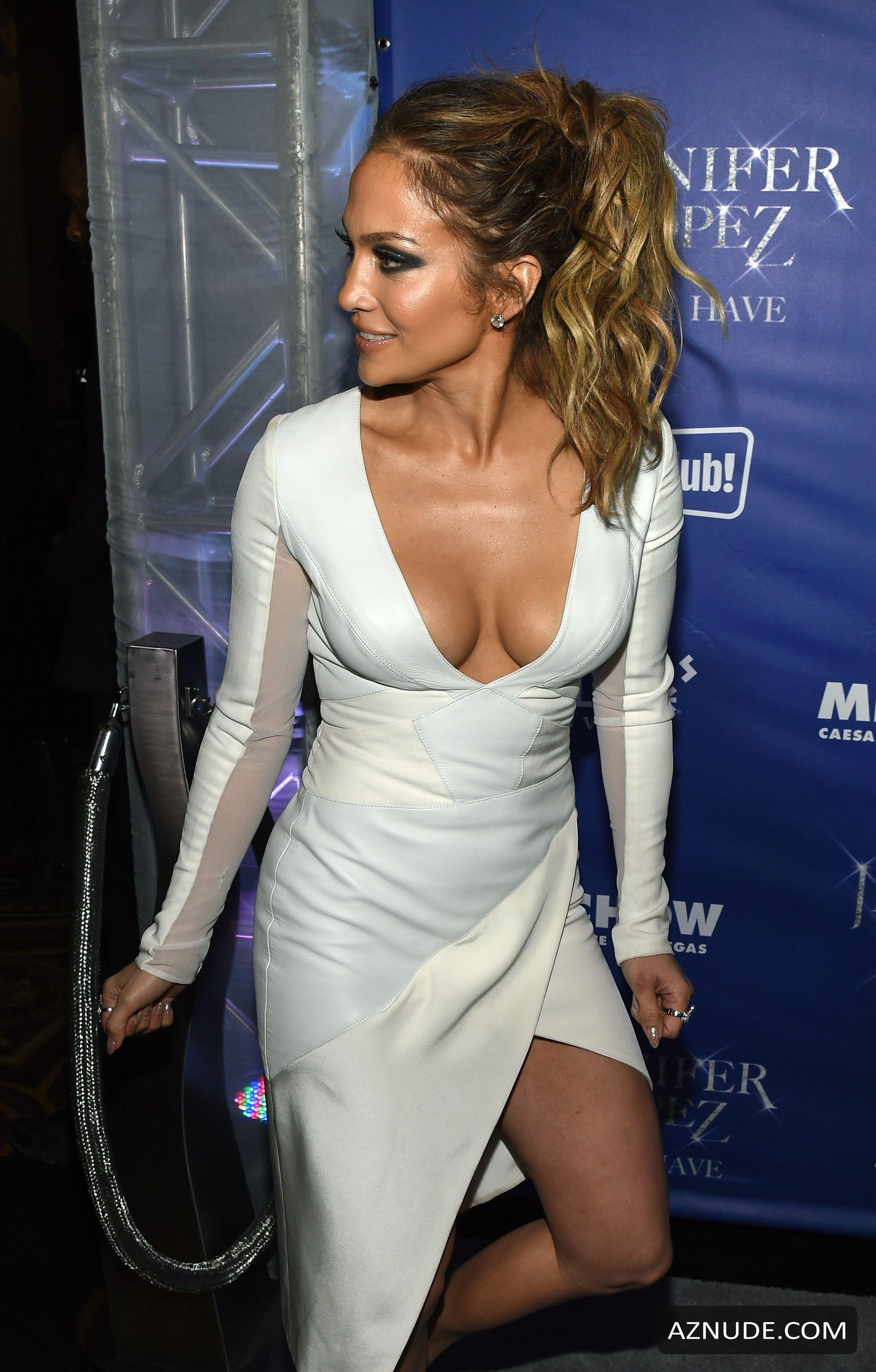 Jennifer Lopez Cleavage With Casper Smart After Party In