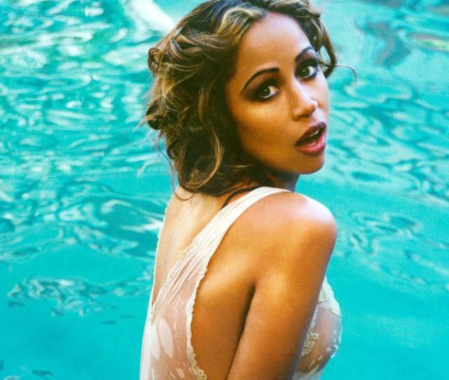 Light Skinned Black Women Celebrities