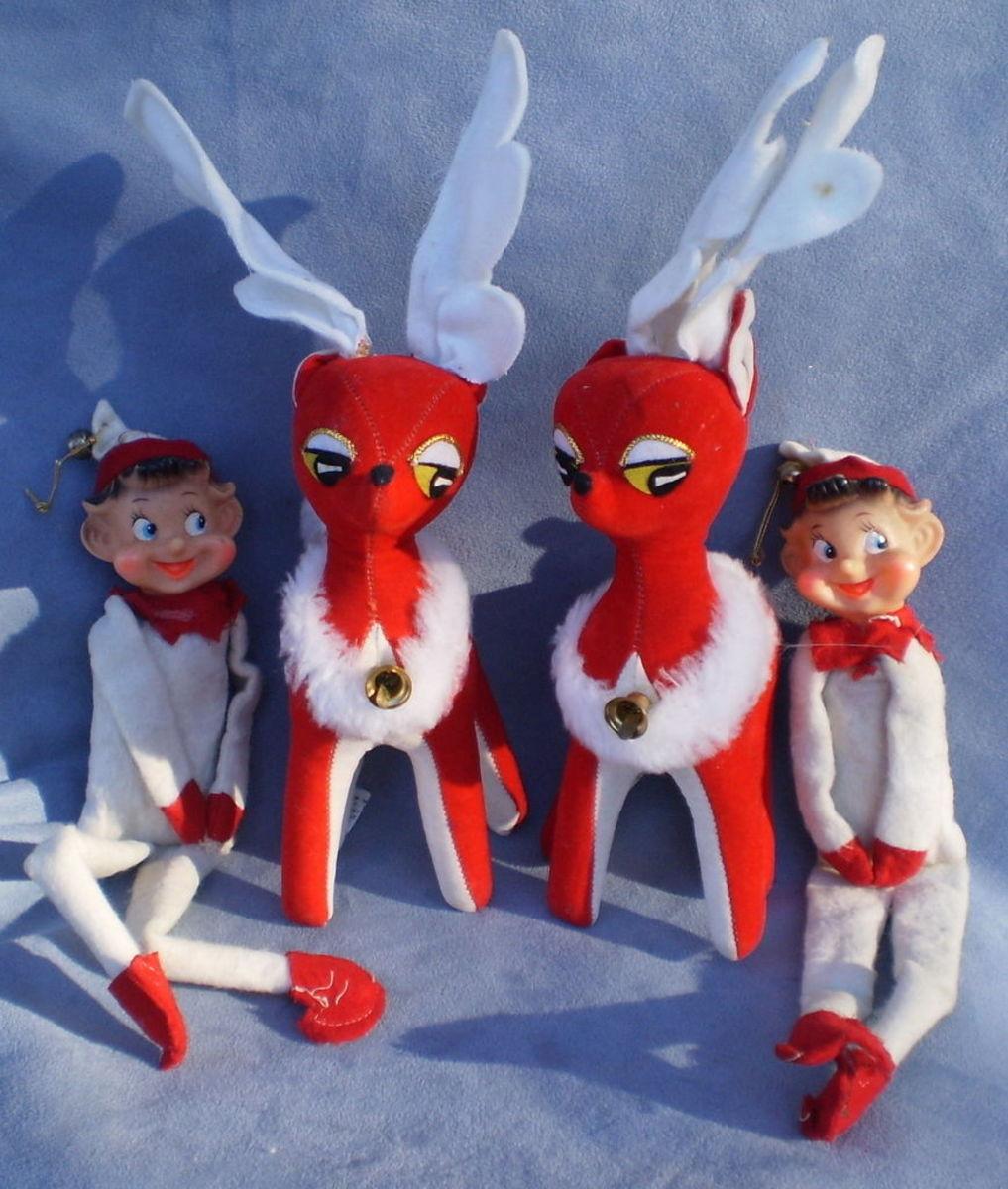 Dakin Dream Pets Christmas Reindeer And Knee Hugger Elf