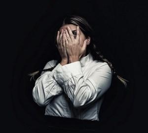 Angst wird meistens negativ empfunden. Sie kann uns aber auch genau so gut faszinieren. Foto: John Magas
