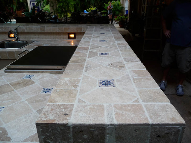 how to paint a ceramic tile countertop
