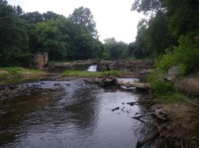 The Hazel River and Monumental Mills Dam before dam removed. Credit: Alan Weaver, VDGIF.