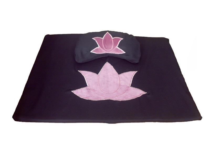Voorbeeld meditatieset met lotus