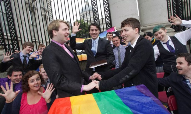 Students call on Taoiseach Enda Kenny to publicly support marriage equality in Ireland.