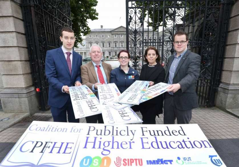 NO REPRO FEE 28/09/2016. The Coalition for Publicly Funded Higher Education to make recommendations in support of publicly funded education. The Coalition for Publicly Funded Higher Education, a group comprising of USI, SIPTU, IFUT, IMPACT and TUI hold a press conference in Buswells Hotel to make the case for publicly funded third level education, including how it would work, why it is vital for the future of the country and how publicly-funded third level education has worked in other countries. Pictured are (LtoR) Joe O'Connor, IMPACT lead organiser, Mick Jannings, IFUT General Secretary, Annie Hoey, USI President, Joanne Irwin President of the Teachers Union of Ireland and Dan O'Neill, Siptu, Compaign and Equality Dep. Photography: Sasko Lazarov/Photocall Ireland