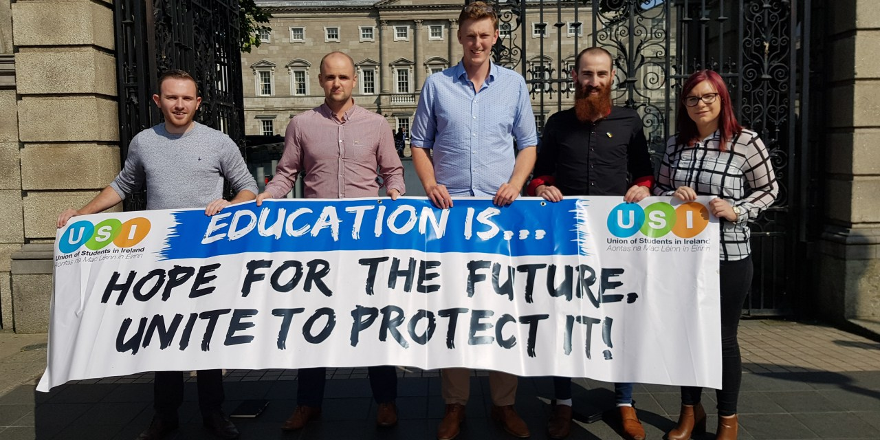 Students Disappointed As Senators Fail To Reject Student Loans