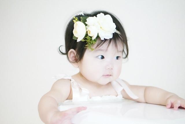 赤ちゃんの髪の毛の切り方 前髪は女の子なら美容院と自宅どっちがいい?