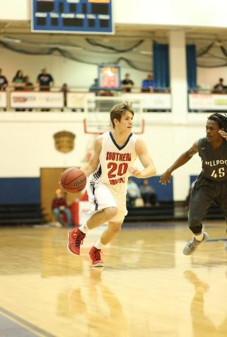 Men's basketball extends win streak, keeps perfect record