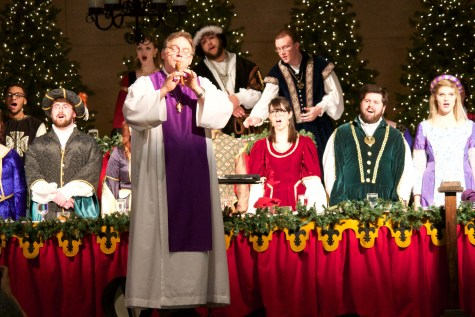 Madrigal Feaste transports community to Renaissance