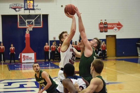GALLERY: USI Men's Basketball defeats Missouri S&T 86-78