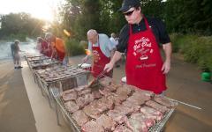Steak Fry 'n' Auction raises money for scholarships