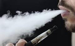 FDA, CDC warn of vaping risks after third confirmed death