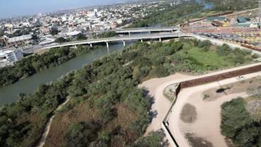 टेक्सस सरकारले मेक्सिकोसँगको सीमामा फौज खटाउँदै