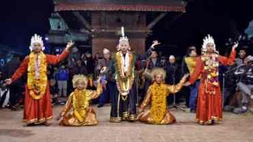 ललितपुरमा कात्तिक नाच : युद्धकला मञ्चन हुँदै