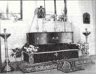 Рака с мощами священномученика Фаддея в Вознесенском соборе г. Твери.
