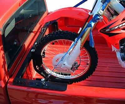motorcycle grip truck rack 2 wheel chocks black pn 82810711