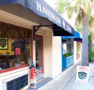 Lianos Dos Palmas Cigar Shop image