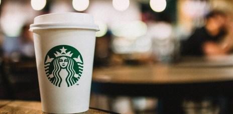 <美股分析>  星巴克Starbucks(SBUX.US) ,為什麼近年股價重新起飛?主因是它的數位科技…