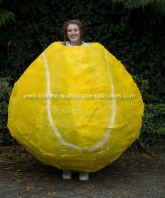 coolest-tennis-ball-costume-2-21306197