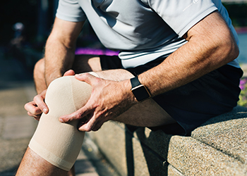 tennis-knee-health
