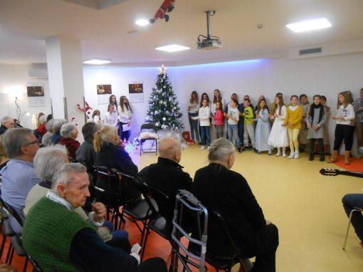 proslava božića zbor i oš kamen 12