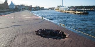 Kolejne uszkodzenia Nabrzeża Pilotowego w usteckim porcie - ustka24.info